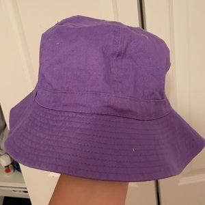 dark purple bucket hat!